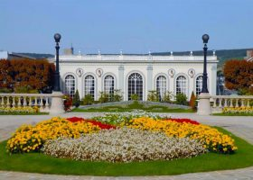 Your Guide to Visiting Épernay, France