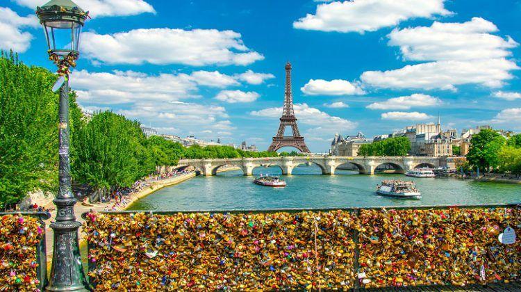 bridges in paris