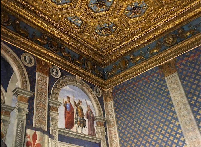 Palazzo Vecchio Courts
