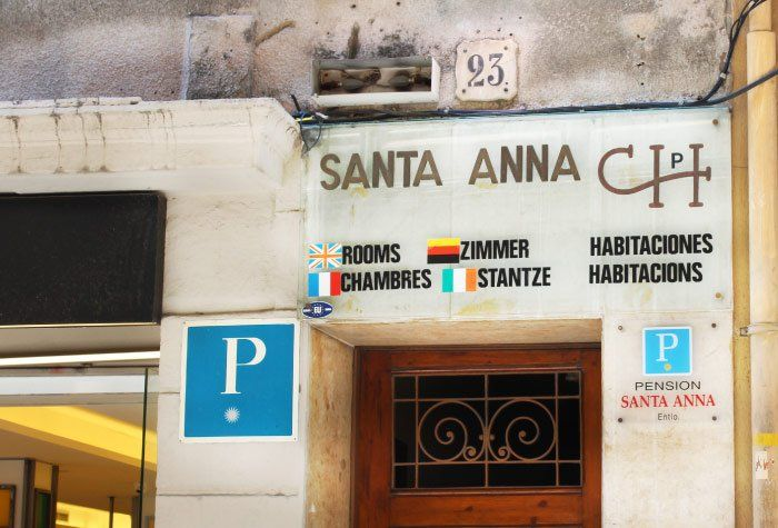 Santa Anna Hostel
