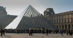 Lines at the Louvre