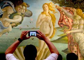 Why the Birth of Venus Makes the Uffizi Gallery Worth Every Penny
