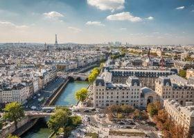 Paris' Right Bank, Left Bank & Arrondissements Explained