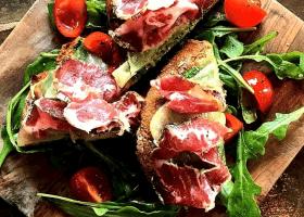 The 11 Best Restaurants in Le Marais in Paris 2021