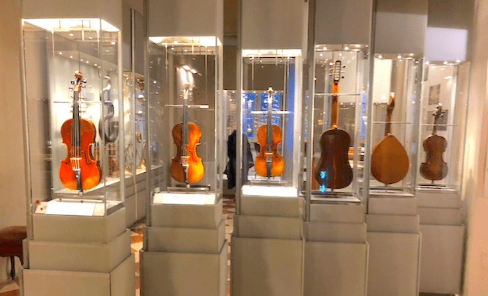 Hall of Instruments at Accademia