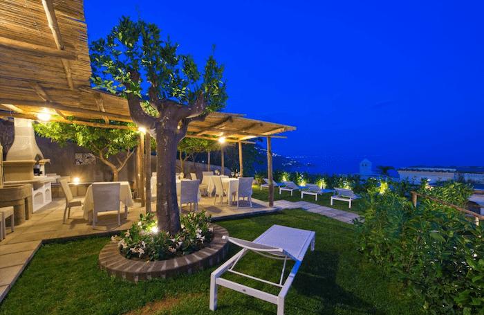 Albadamare Hotel
