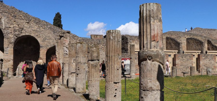 Things to See in Pompeii 1440 x 675