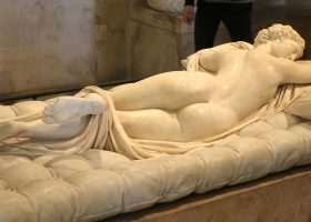 The  14 Most Famous Sculptures & Statues at the Louvre in Paris