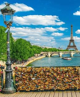 Love Lock Bridge Paris Most famous bridges