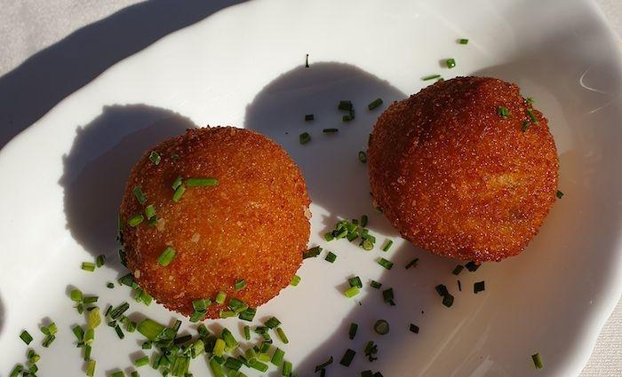 croquetas spanish foods to try