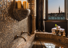 The 10 Best VENICE HOTEL Deals in 2021